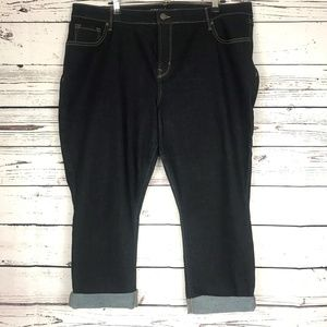 Old Navy Curvy Mid-Rise Cropped Jeans SZ 18 Short